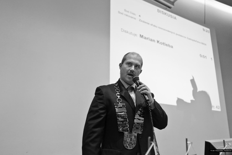Ján Viazanička, Freelancer