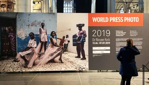 Vyhlášení cen soutěže World Press Photo v Amsterdamu na vlastní oči