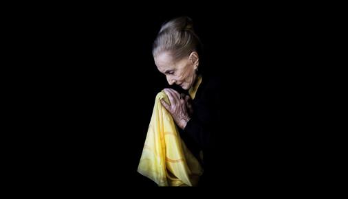 Příběhy fotografií: Kateřina Šulová – portrét Soni Červené