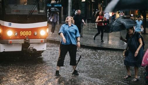 Příběhy fotografií: Michal Růžička - Déšť v Praze na Andělu