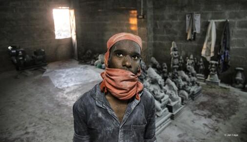 Příběh fotografie: Jan Cága - Kamenosochaři z Mahabalipuramu