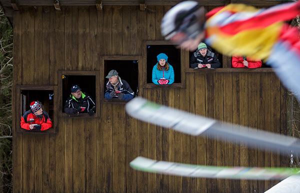 [/blog/sport_276_martin-kozak_741_ski-jumping-competition_001.jpg]