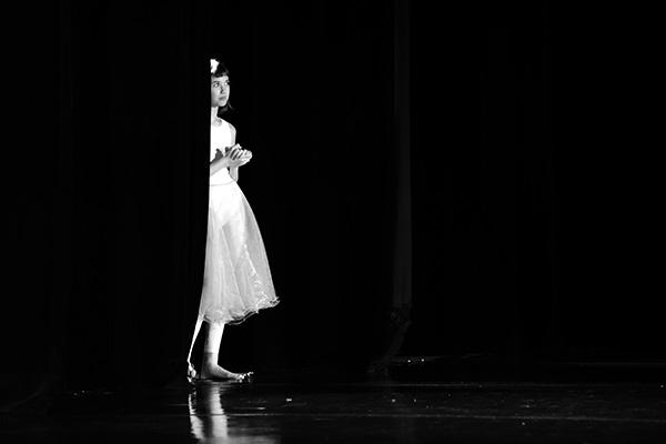 [/blog/umeni-a-kultura_47_ivana-dostalova_2048_vystoupeni-souboru-vyrazoveho-tance-zenusk_001.jpg]
